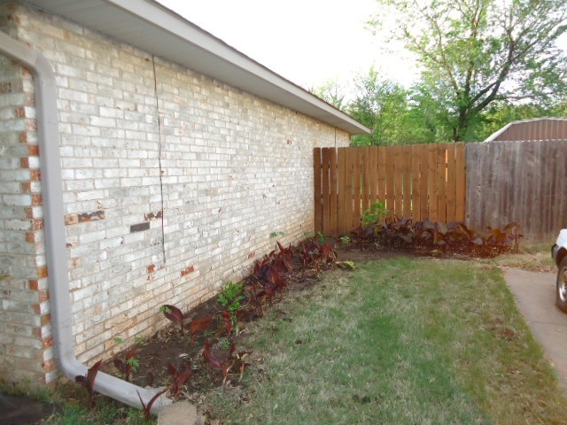Sold Cross Sale W/ MLS | 3601 Larkspur Dr  Ponca City, OK 74604 25