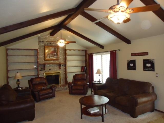 Sold Cross Sale W/ MLS | 3601 Larkspur Dr Ponca City, OK 74604 3