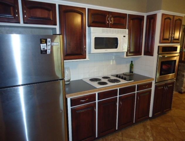 Sold Cross Sale W/ MLS | 3601 Larkspur Dr Ponca City, OK 74604 6