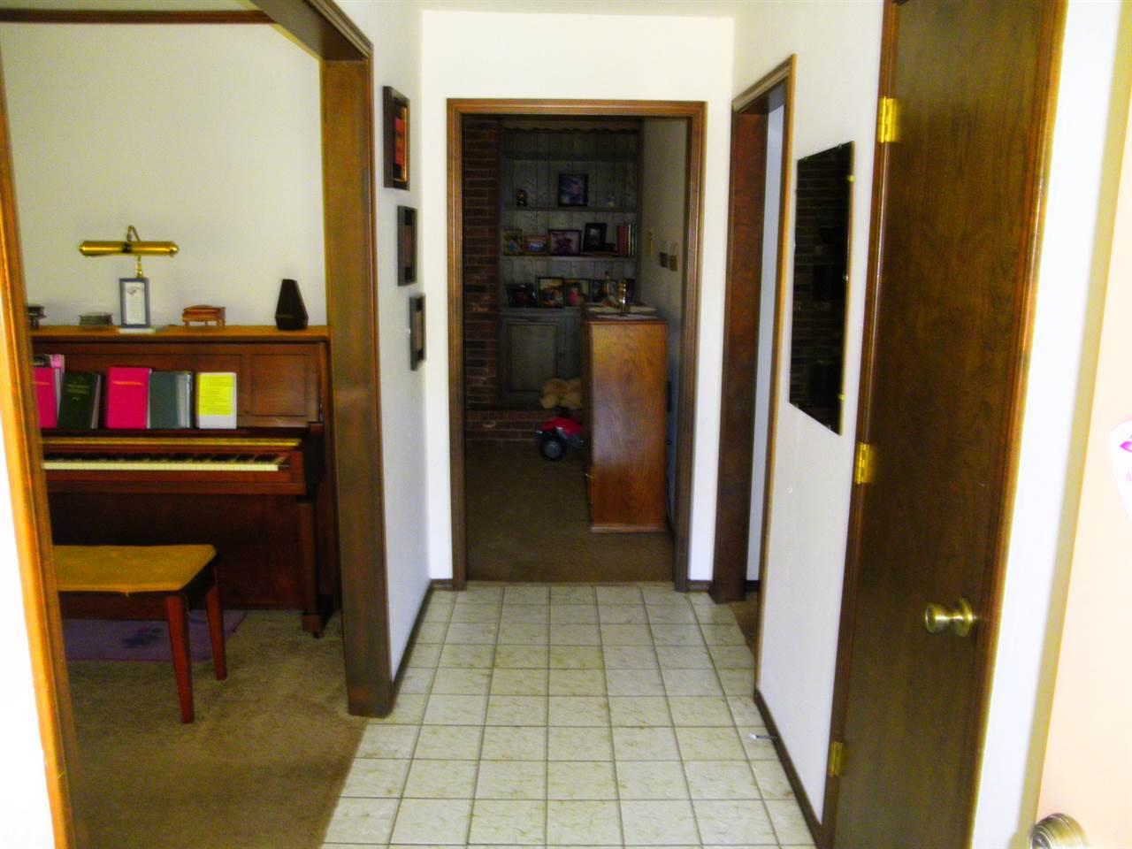 Sold Intraoffice W/MLS | 2101 El Camino  Ponca City, OK 74604 2