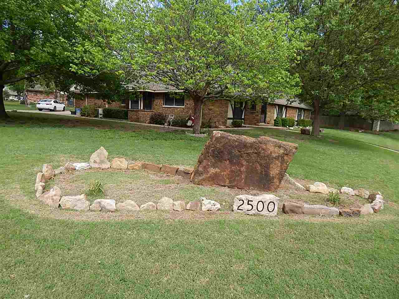 Sold Cross Sale W/ MLS | 2500 Bluestem Ponca City, OK 74604 29