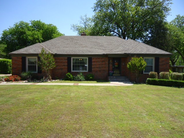 Sold Cross Sale W/ MLS | 141 Fairview Ave. Ponca City, OK 74601 0