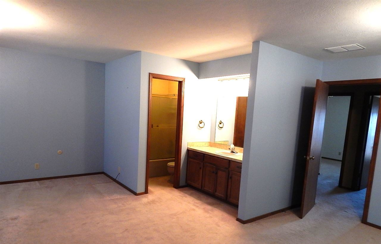 Sold Cross Sale W/ MLS | 2312 Calvert Ponca City, OK 74601 17