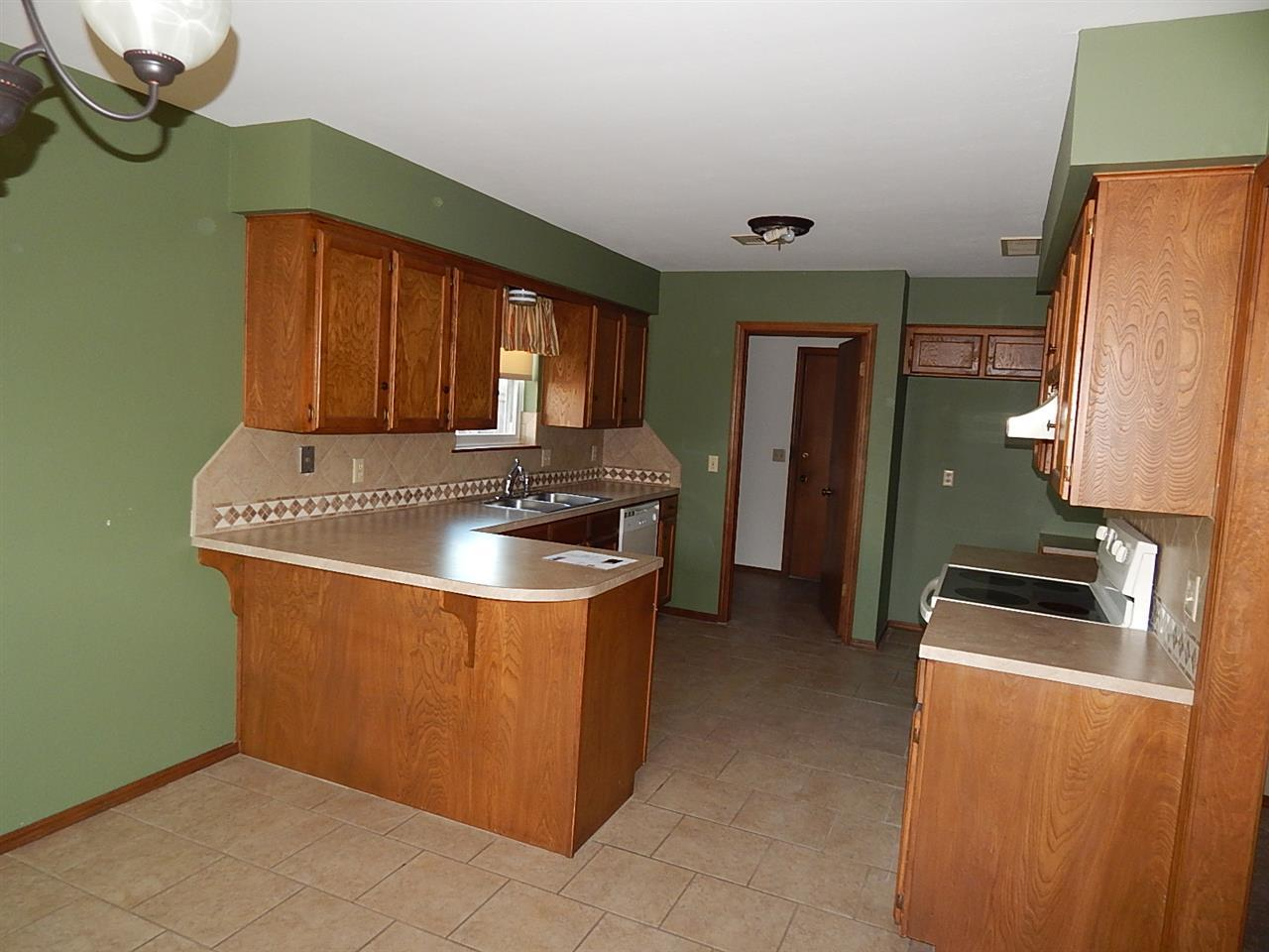 Sold Cross Sale W/ MLS | 2312 Calvert Ponca City, OK 74601 6