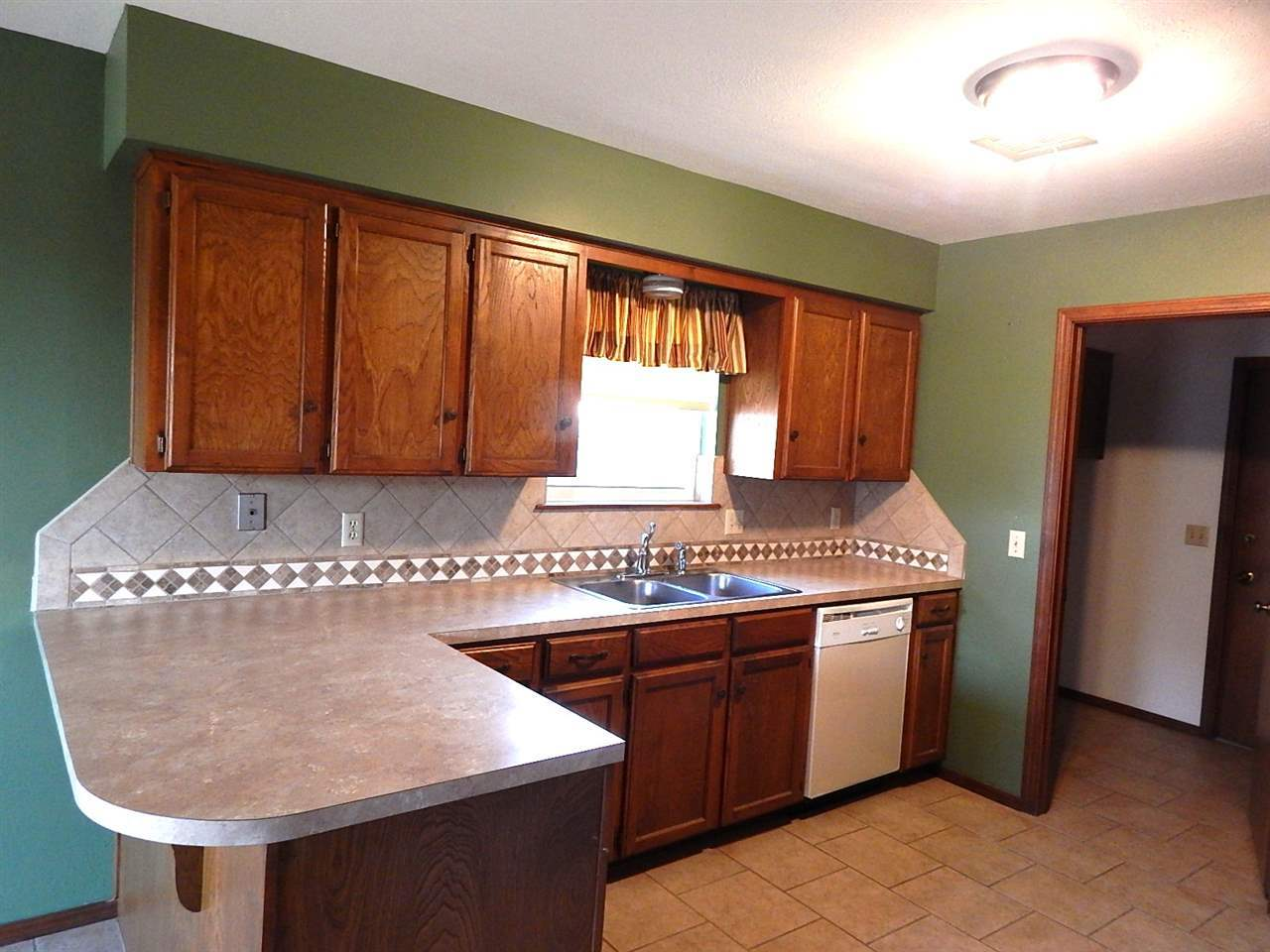 Sold Cross Sale W/ MLS | 2312 Calvert Ponca City, OK 74601 9