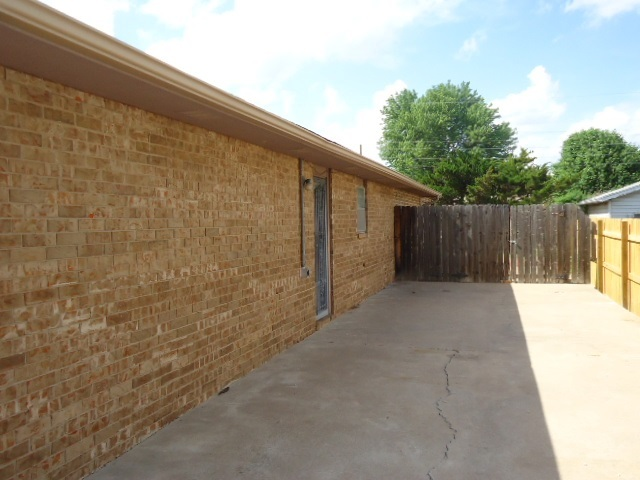 Sold Intraoffice W/MLS | 2904 Ames Ponca City, OK 74604-0000 3