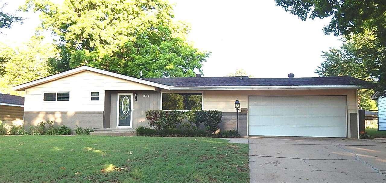 Sold Cross Sale W/ MLS | 1604 Blackard Ponca City, OK 74604 0