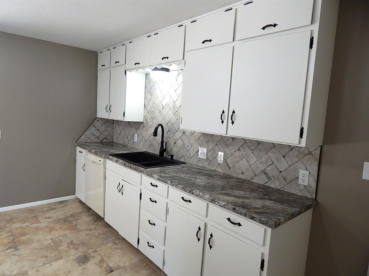 Sold Cross Sale W/ MLS | 1604 Blackard Ponca City, OK 74604 7