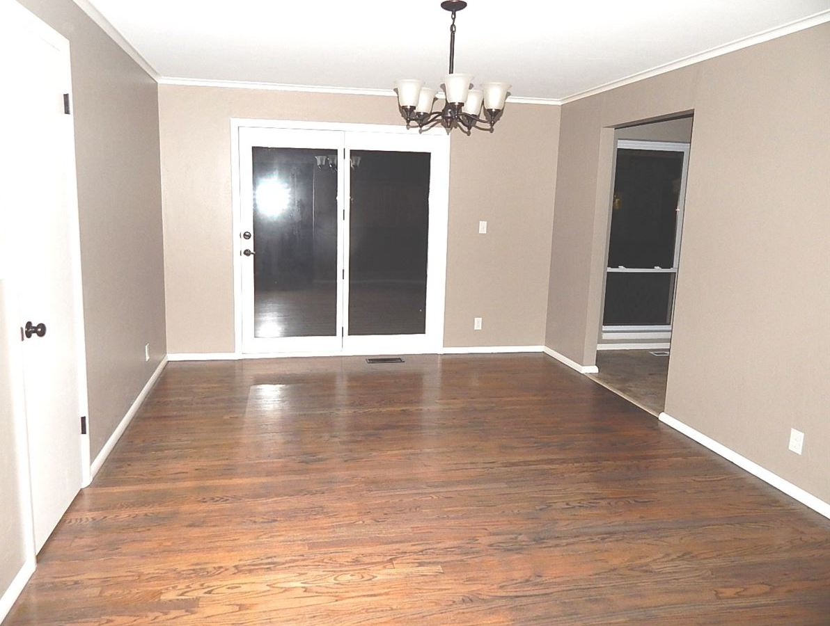 Sold Cross Sale W/ MLS | 1604 Blackard Ponca City, OK 74604 8