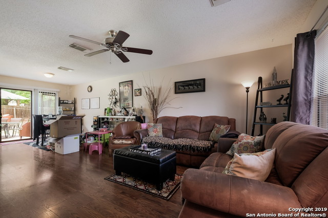 Off Market   9431 Bending Crest  San Antonio, TX 78239 4