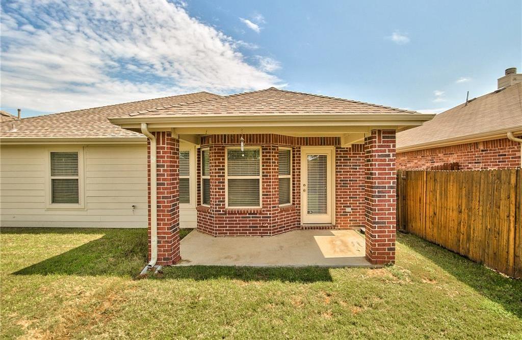 Leased | 812 Hummingbird Drive Little Elm, Texas 75068 21