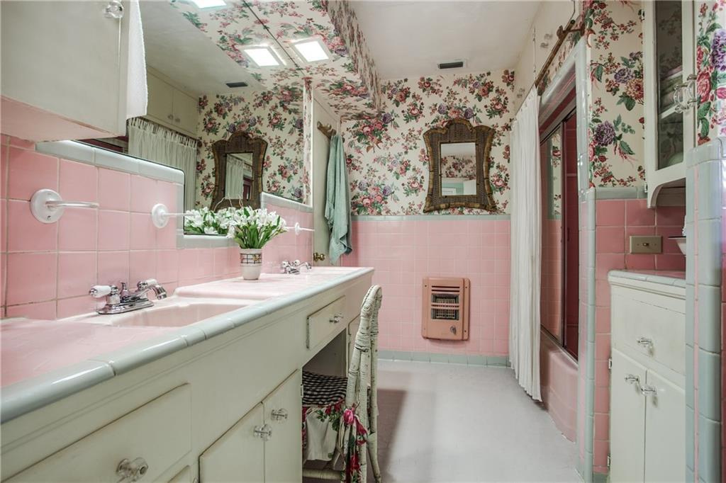 Sold Property | 4147 Valley Ridge Road Dallas, Texas 75220 15