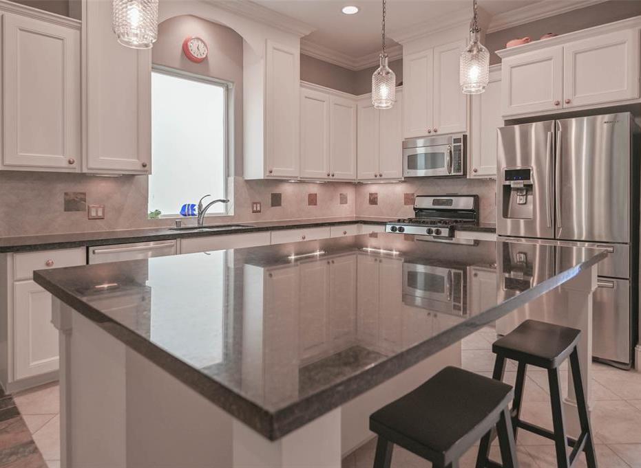 Option Pending | 208 Valmar Street League City, TX 77565 16