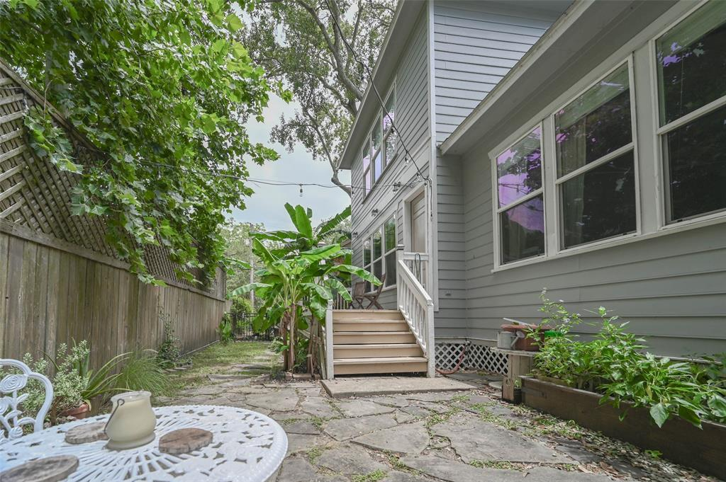 Option Pending | 208 Valmar Street League City, TX 77565 34