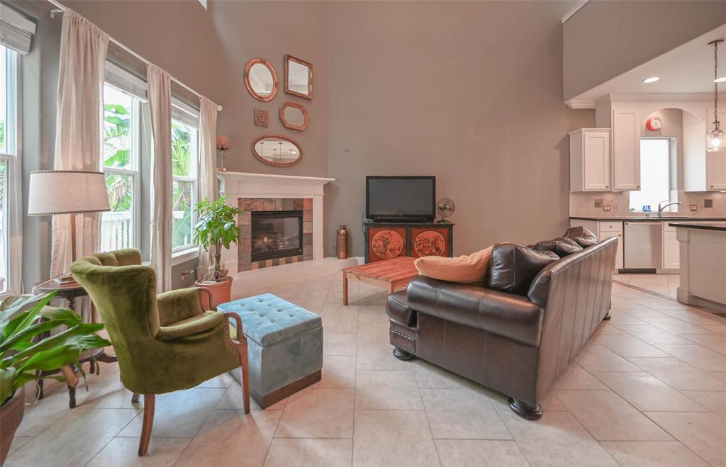 Option Pending | 208 Valmar Street League City, TX 77565 7