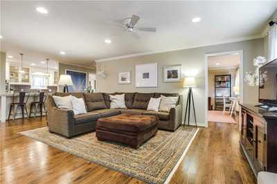 Sold Property | 6413 Westlake Avenue Dallas, Texas 75214 10