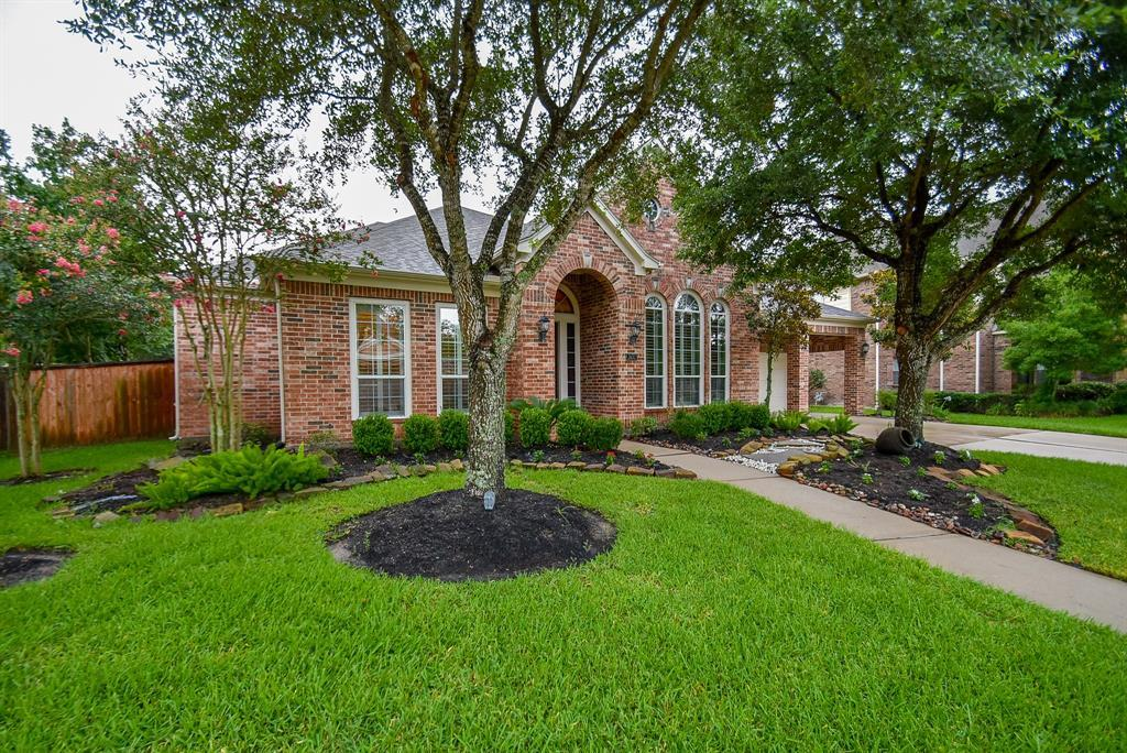 Off Market | 2632 Cottage Creek Drive Pearland, TX 77584 3