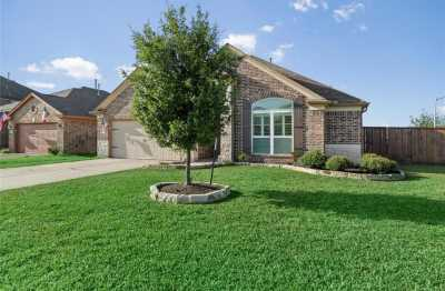 Active | 9960 Western Ridge Way Conroe, Texas 77385 3