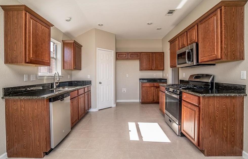 Sold Property | 1257 Barrel Run Fort Worth, Texas 76052 5