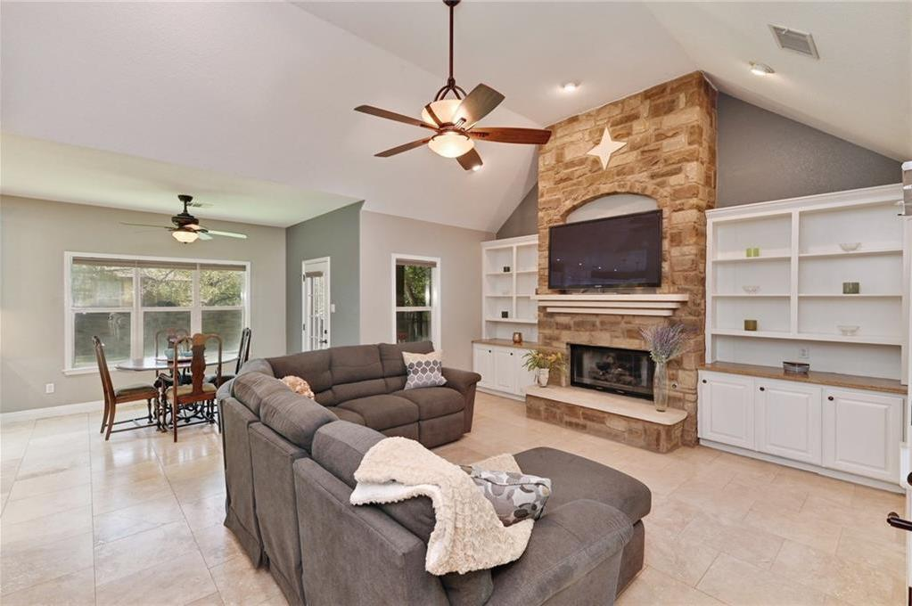 Sold Property | 138 Valley View Drive Bastrop, TX 78602 3