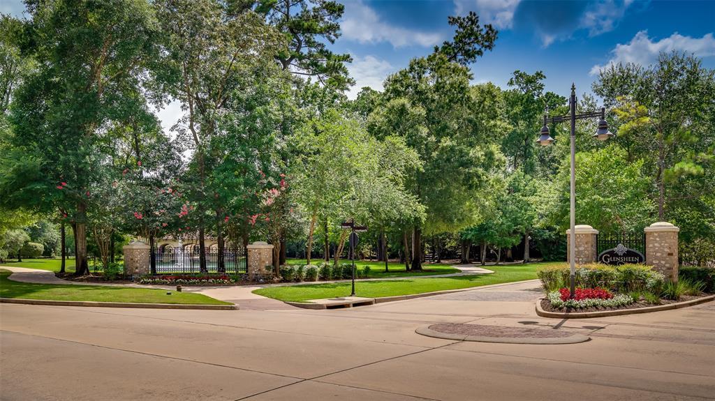 Active | 2 Glensheen The Woodlands, Texas 77382 2