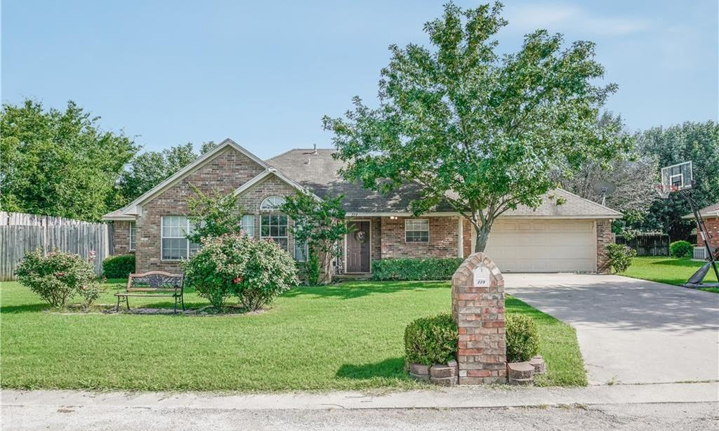 Sold Property | 229 Point Circle Pilot Point, Texas 76258 0