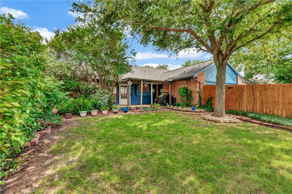 Home for sale in Garland | 125 Kingsbridge Drive Garland, TX 75040 25
