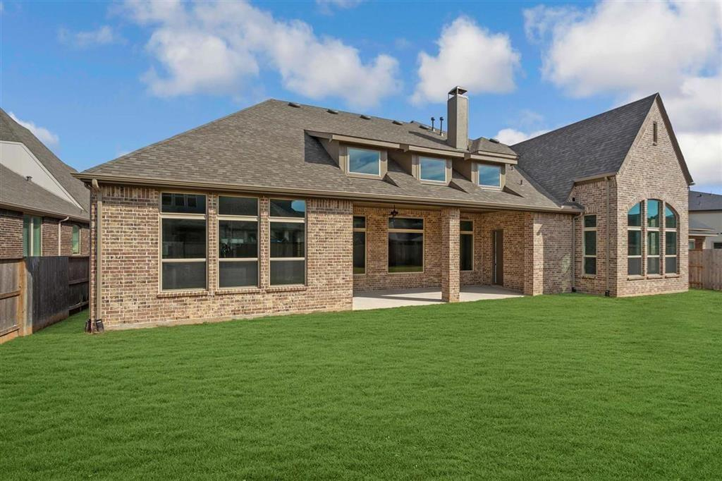 Active | 7111 Humble Court Katy, TX 77493 24