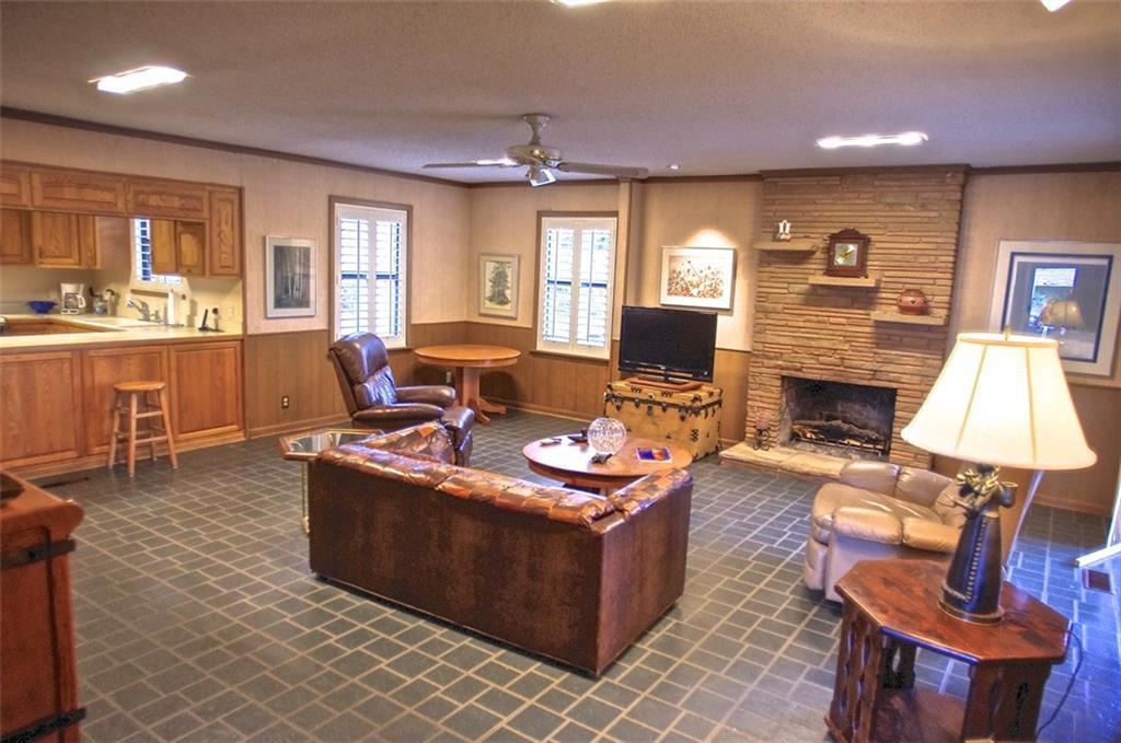 Sold Property | 11016 Cinderella Lane Dallas, Texas 75229 11