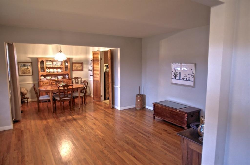 Sold Property | 11016 Cinderella Lane Dallas, Texas 75229 3