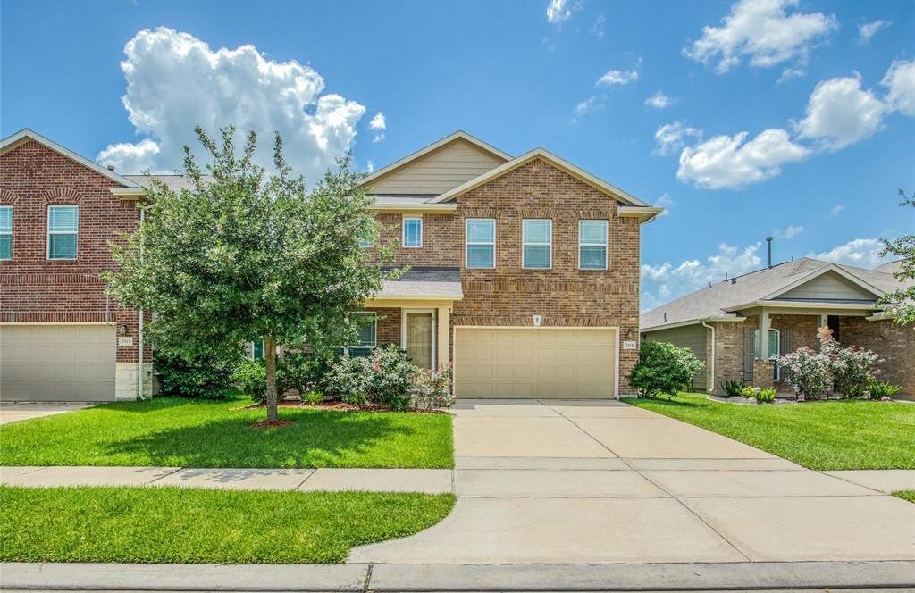 Active | 2315 Lakecrest Town Drive Katy, TX 77493 1