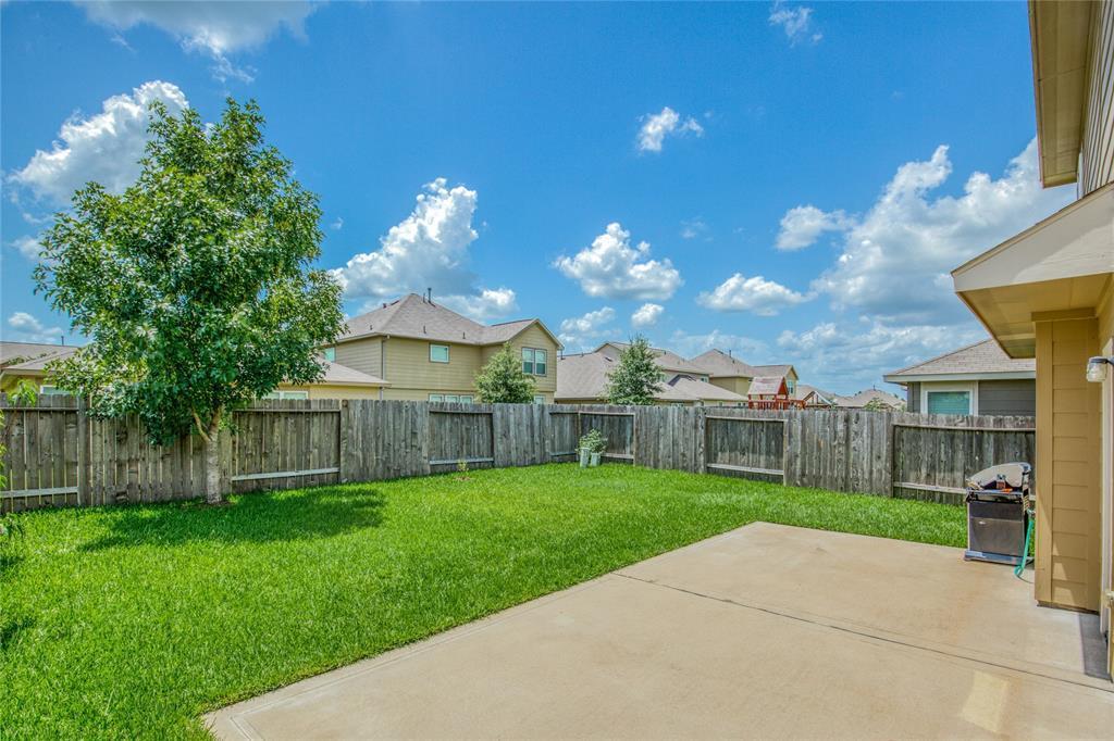 Active | 2315 Lakecrest Town Drive Katy, TX 77493 32