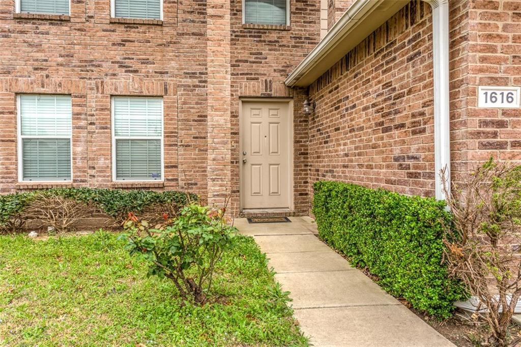 Sold Property | 1616 Birds Eye Road Fort Worth, Texas 76177 2