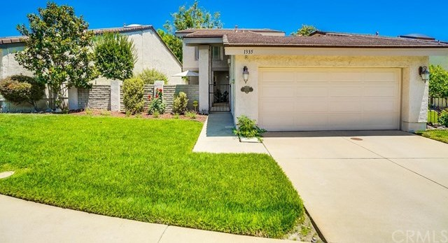 1335 N North Hills Drive | 1335 N North Hills Drive Upland, CA 91784 2
