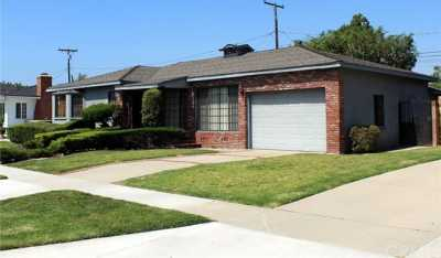 Closed | 2525 Zandia Avenue Long Beach, CA 90815 2