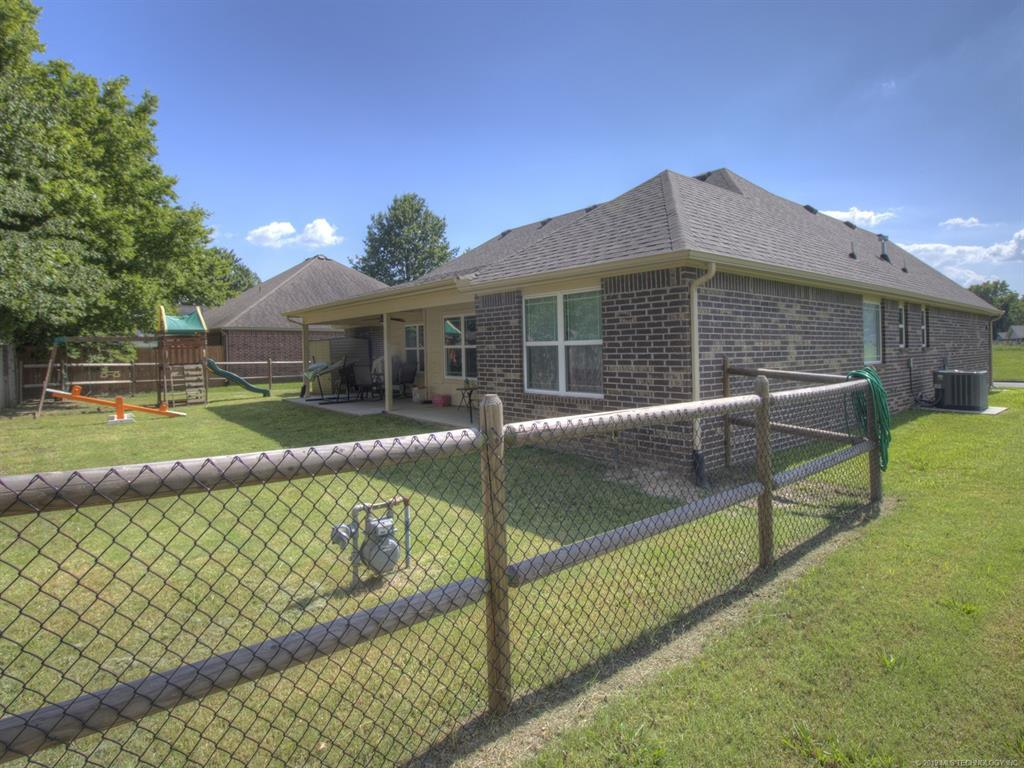 Active | 1513 S Oklahoma Street Pryor, OK 74361 31