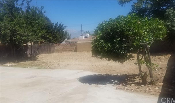 Closed | 16134 Upland Avenue Fontana, CA 92335 11