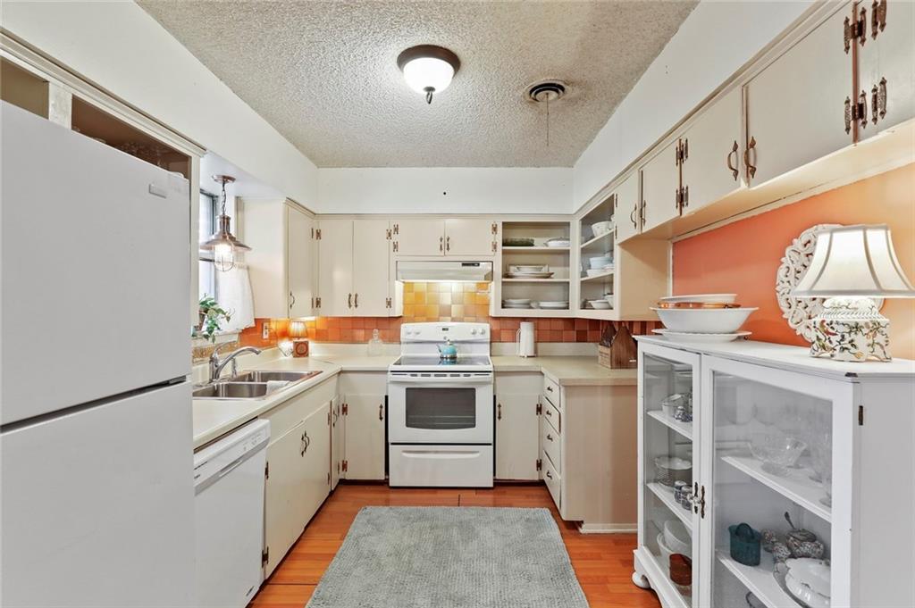 DFW Real Estate | 1828 Gravley Drive Carrollton, Texas 75006 18