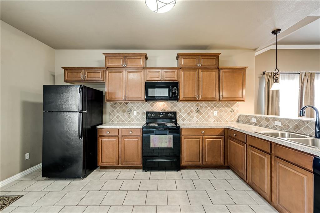 Sold Property | 701 W 9th Street Dallas, Texas 75208 11