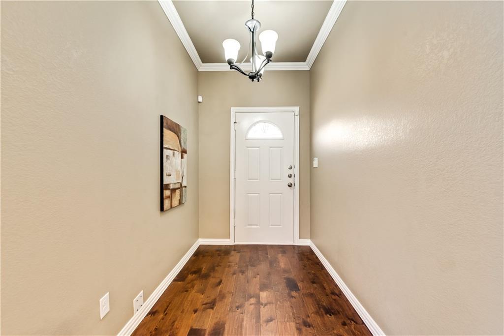 Sold Property | 701 W 9th Street Dallas, Texas 75208 1