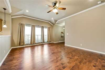 Sold Property | 701 W 9th Street Dallas, Texas 75208 3