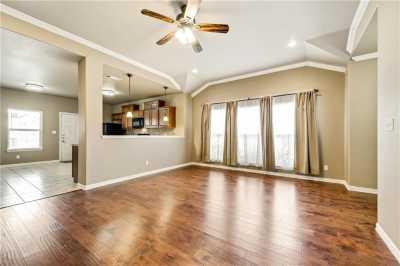 Sold Property | 701 W 9th Street Dallas, Texas 75208 4