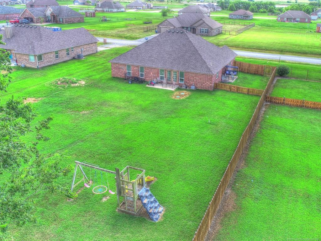 Off Market | 384 E 498 Circle Pryor, OK 74361 1