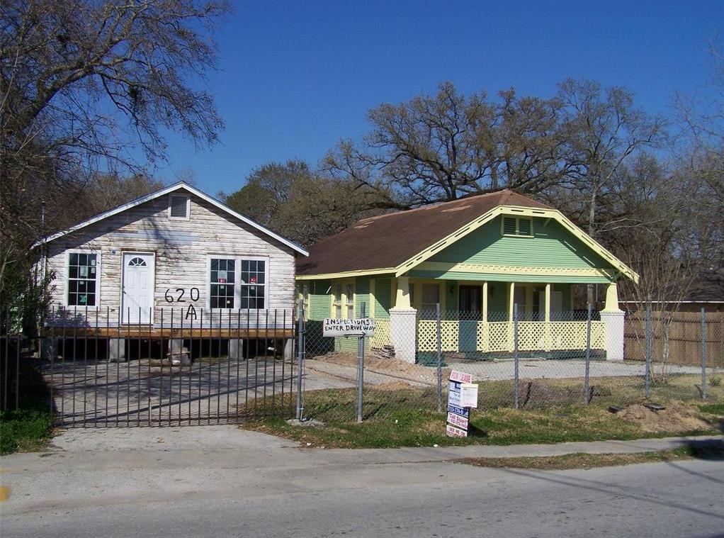 Active | 620 Thornton Road Houston, Texas 77018 0