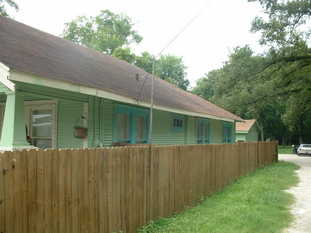 Active | 620 Thornton Road Houston, Texas 77018 1
