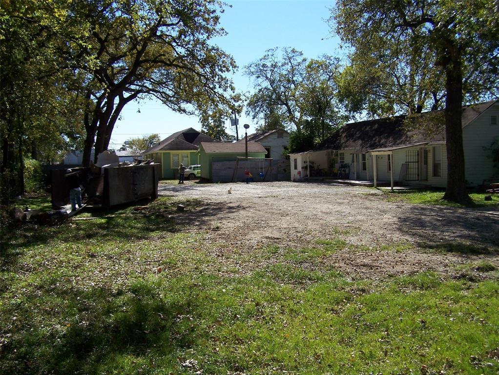 Active | 620 Thornton Road Houston, Texas 77018 5