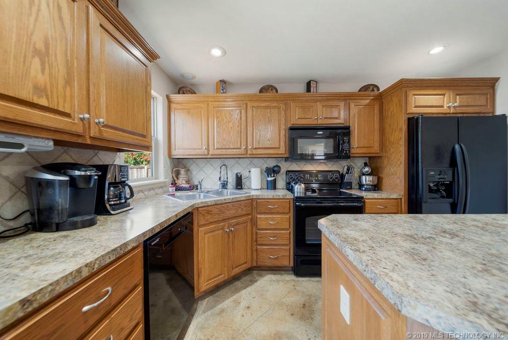 First time home buyers, Sapulpa   7811 Patriot Lane Sapulpa, Oklahoma 74066 29