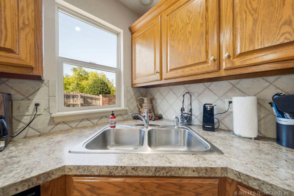 First time home buyers, Sapulpa   7811 Patriot Lane Sapulpa, Oklahoma 74066 30