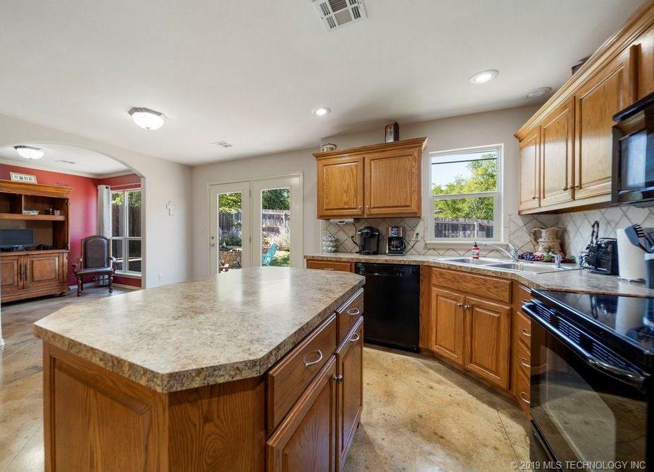 First time home buyers, Sapulpa   7811 Patriot Lane Sapulpa, Oklahoma 74066 32