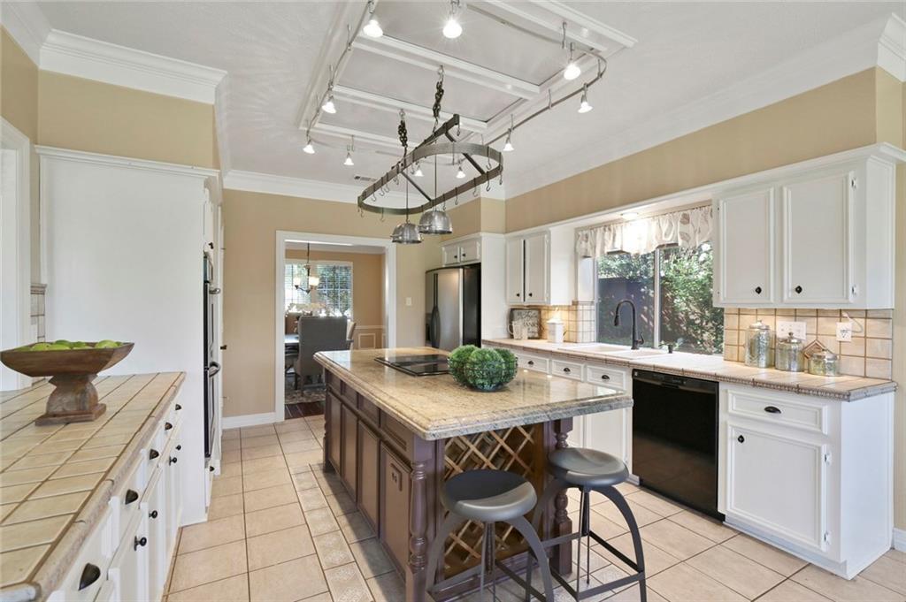 Frisco Real Estate | 3009 Wyndham Lane Richardson, TX 75082 11